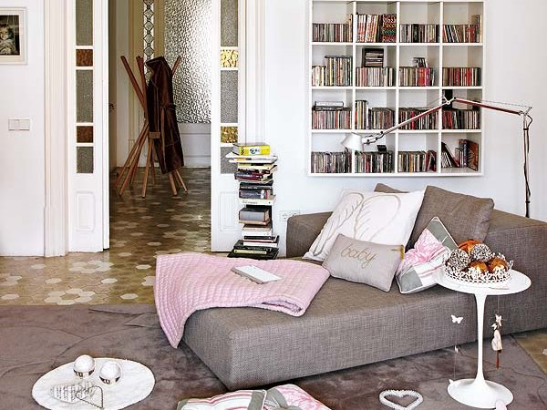 private-home-library-in-bedroom-interior